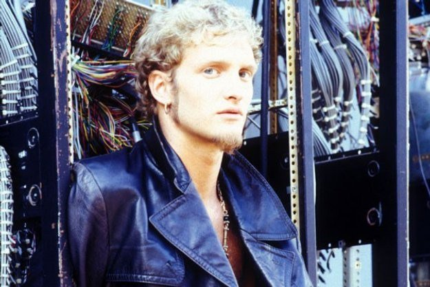 Happy Birthday to the late Layne Staley of