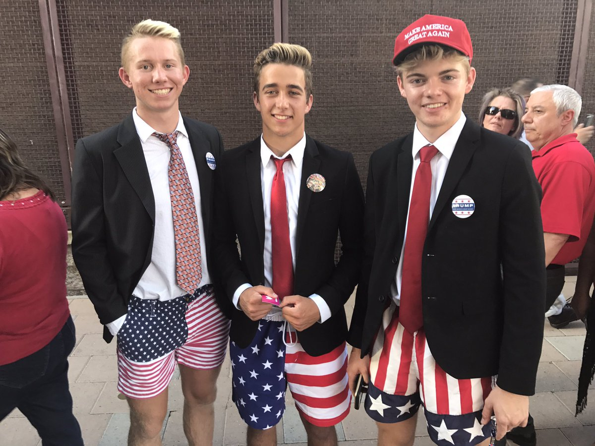 Young supporters of President Trump wait in line to attend the #PhoenixRally at the Phoenix Convention Center. https://t.co/MzCEOse7xg