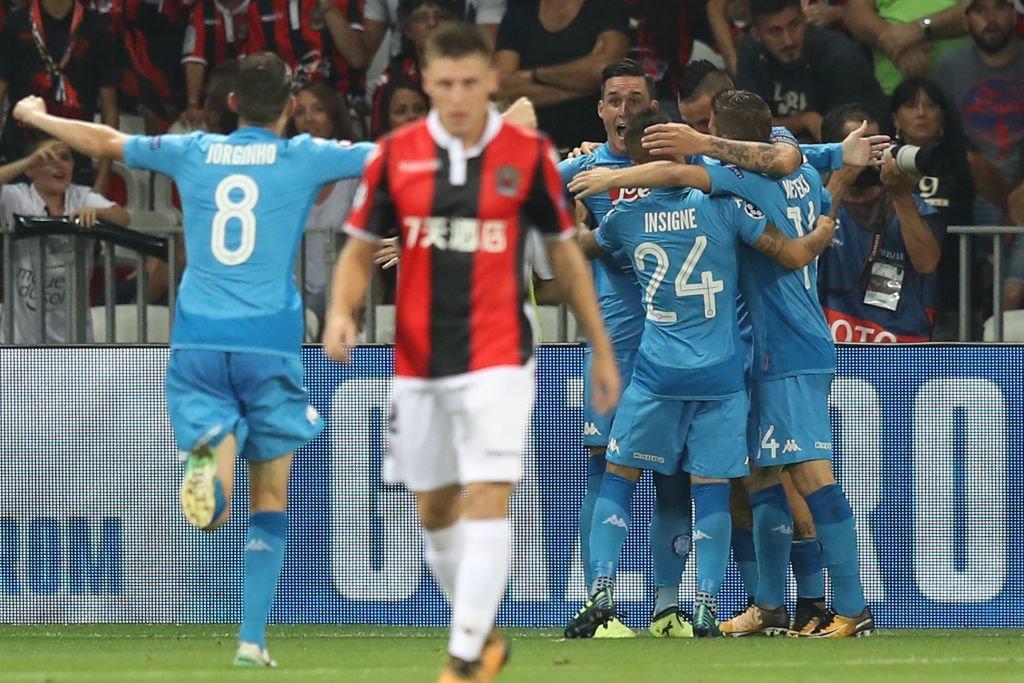 Il Napoli espugna Nizza e entra nel sorteggio di Champions League con Juventus e Roma