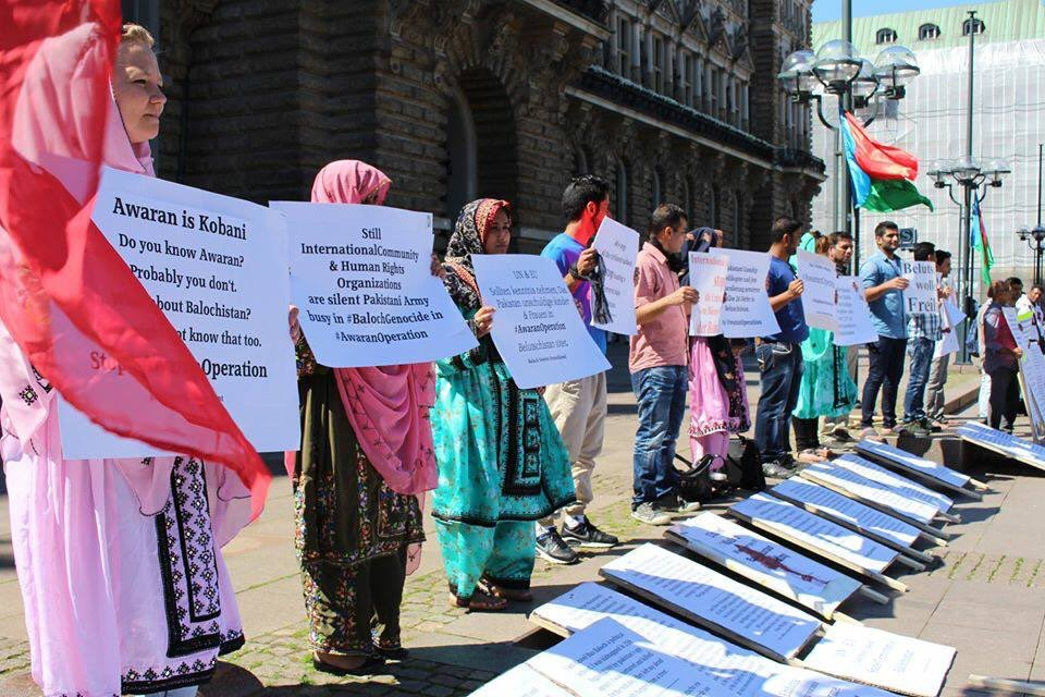 No access 4 #Media during #MilitaryOperation in #Balochistan #Stop #AwaranOperation . @dieLinke @UN @UNHumanRights @GermanyDiplo @CDU<br>http://pic.twitter.com/Js5aTnn9zX