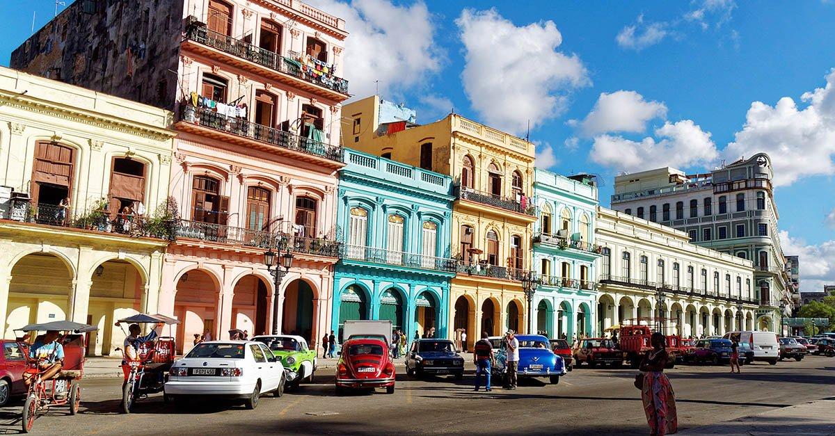 Helio de La Peña foi pra Cuba e mostra o que viu – como turista! Confira >> https://t.co/eBIXrRTY6E 😄 🙊