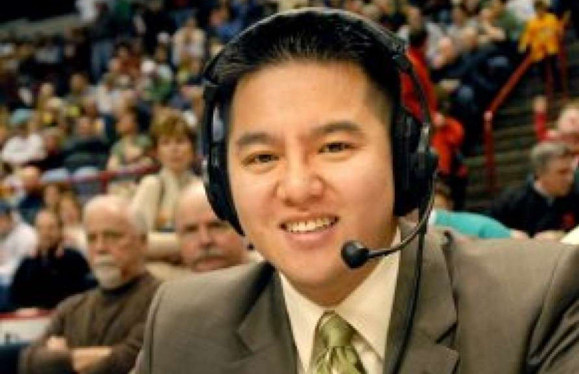ESPN Pulls Announcer from Virginia College Football Game... Because his Name is 'Robert Lee' https://t.co/qfSCR9M0B8