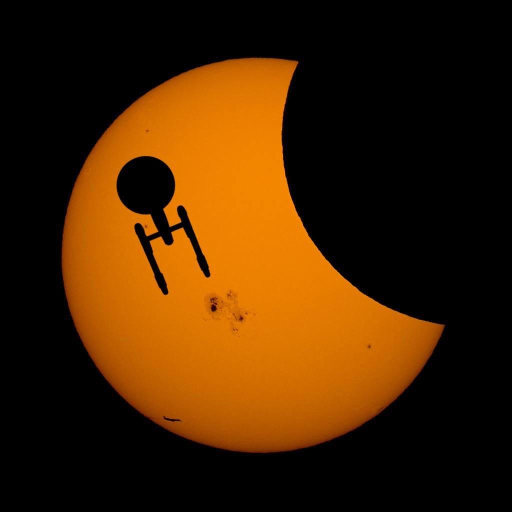 We don't think this one is from @nasa's website. #startrek #eclipse https://t.co/NEFvaJku4w