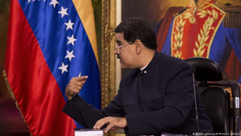 Nicolas Maduro asks Pope Francis to help avert US invasion https://t.co/t8aRRWrZJ0