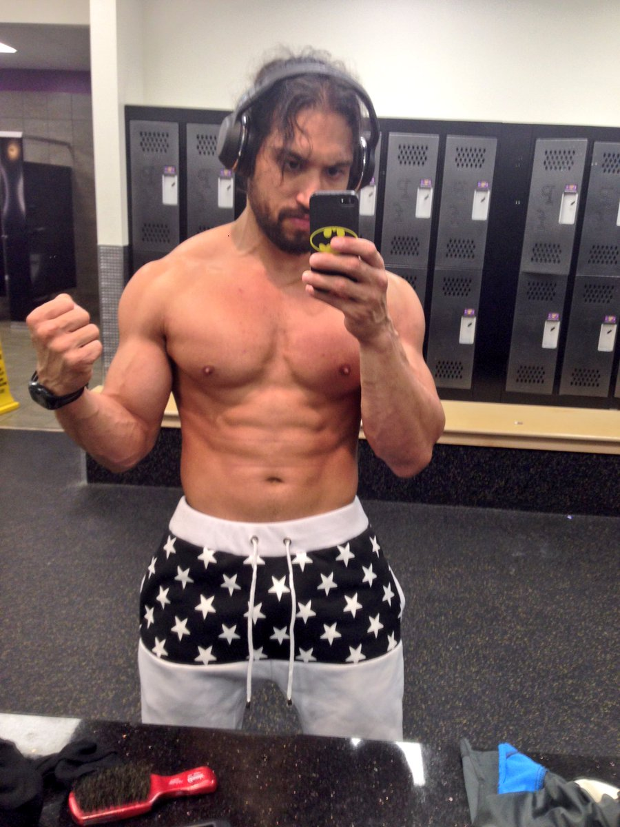 It&#39;s that time again gym time  #metime #gymtime #gymlife #tarzan<br>http://pic.twitter.com/TyjLdflw6o