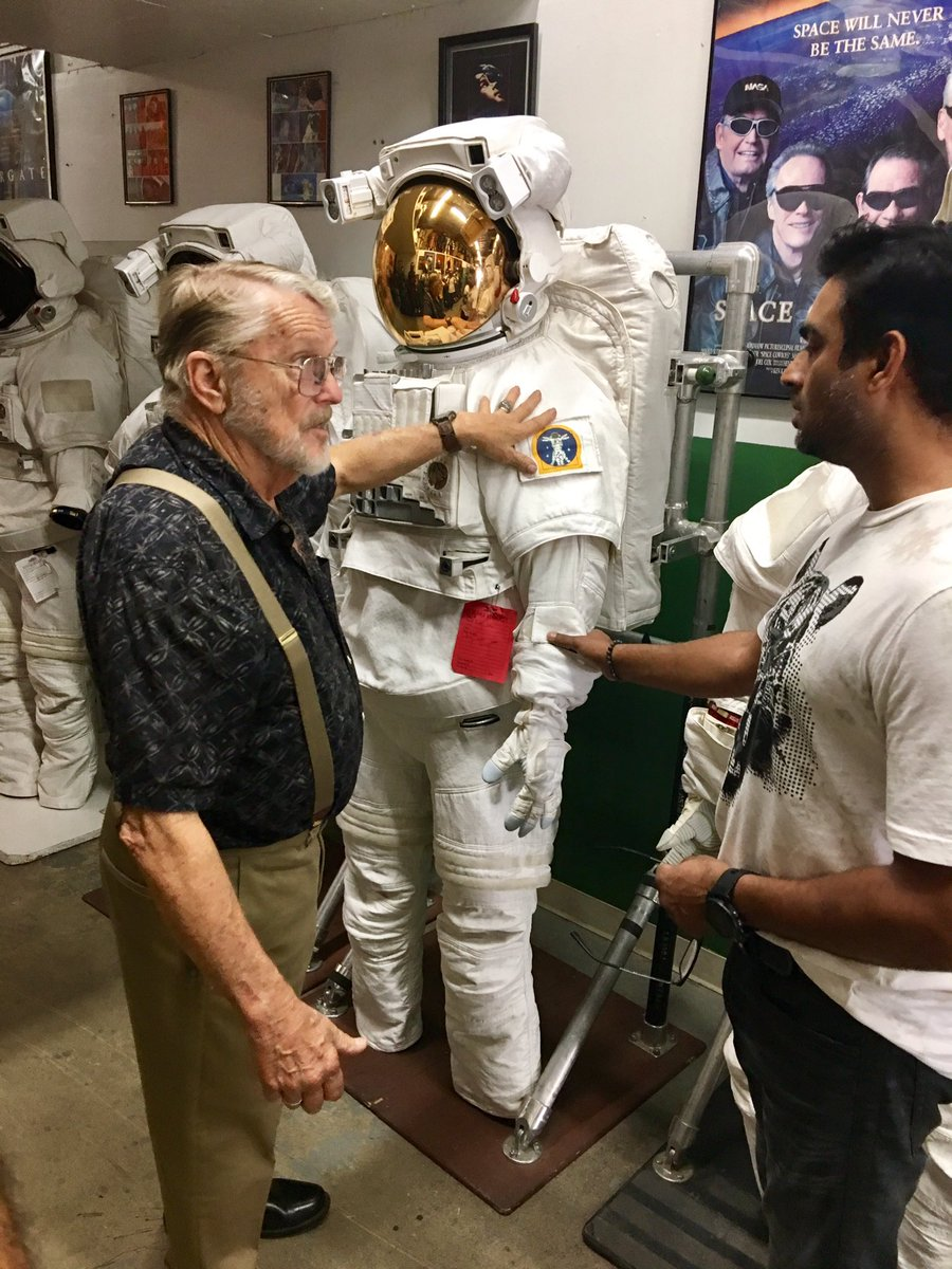 That&#39;s one small step for @ActorMadhavan, One Giant Leap for #Bollywood as a whole  #Congratulations #NASA #ChandamamaDoorKe  #Space<br>http://pic.twitter.com/jxAwPXu7nl