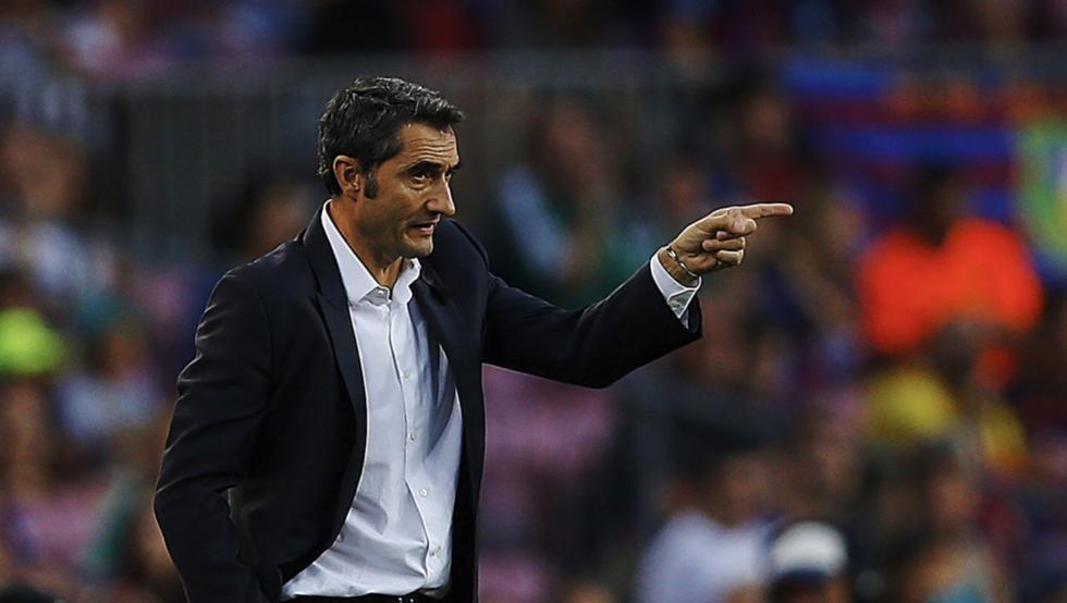 Valverde: cuatro sistemas en tres partidos oficiales