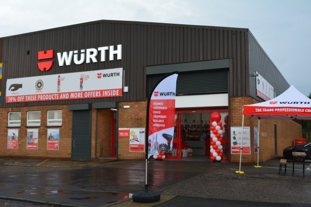 #EDINBURGH STORE NOW OPEN! Pop in to see great products &amp; offers. Seafield Ind. Est. EH15 1TB #party #retail #b2b  http:// bit.ly/2w2uA1M  &nbsp;  <br>http://pic.twitter.com/dBrqjlgmtx