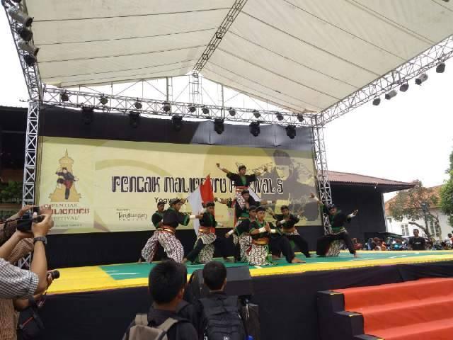 latepost #PencakMalioboroFestival5 #TangtunganProject #PencakSilatIndonesia pic.twitter.com/HHeSoR3HwM
