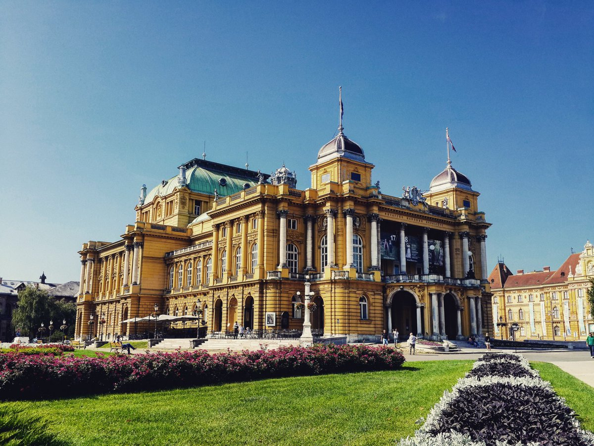 Today I&#39;m exploring wonderful #Zagreb in #Croatia / #live #travel #travelblog #travelblogger #traveling #explore #CroatiaFullOfLife<br>http://pic.twitter.com/Wn2bjod6k5