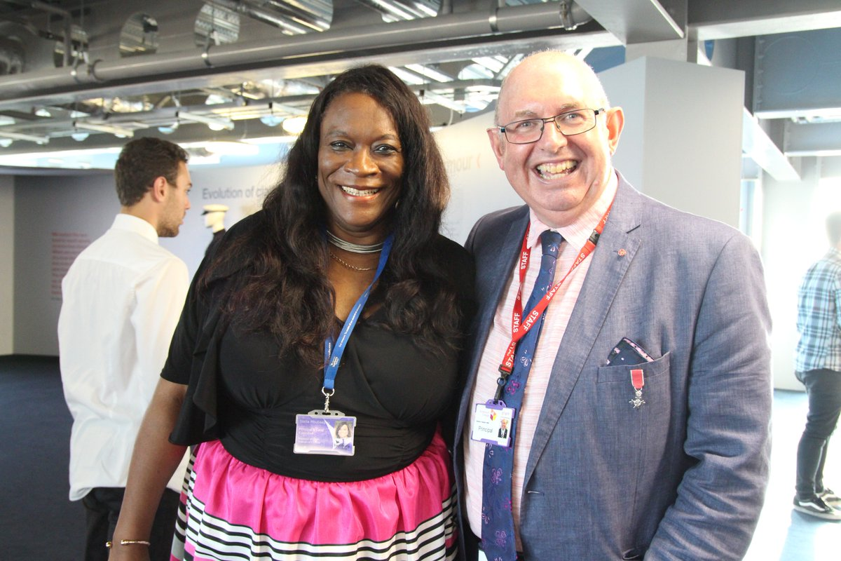 #proud #principals of @HighburyCollege &amp; @PortsmouthColl celebrating the amazing success of @portsmouthtoday students @LandRoverBAR<br>http://pic.twitter.com/kFvFBTHH0B