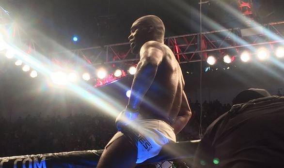De novo ele: após perder cinturão por caso de doping, lembre histórico de problemas de Jon Jones no UFC https://t.co/EkBqmkUIGf
