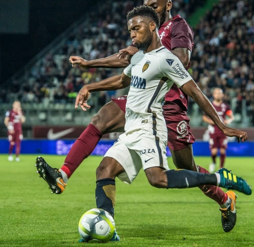 Breaking: Despite #ASM continuing to state he is not for sale #Arsenal WILL submit one final offer in excess of €60m for Thomas #Lemar  #AFC <br>http://pic.twitter.com/iNHhe8FdRv