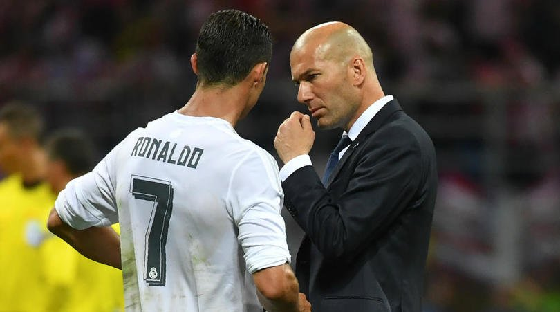 Zidane has confirmed: Cristiano #Ronaldo will play the full 90 m of #RealMadrid &#39;s Santiago #Bernabeu Trophy match with #Fiorentina #RMAFIO<br>http://pic.twitter.com/pC0uJl4rz1