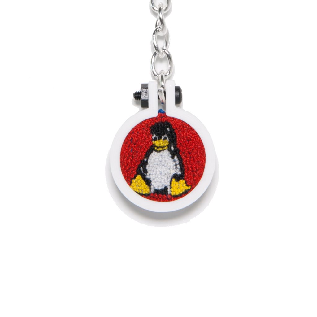 Tux the Penguin key fob added to shop #hand embroidery #linux #handmadehour #stem #etsy  #HandmadeAtAmazon #gift #tech #blackheath<br>http://pic.twitter.com/32pFqOFget