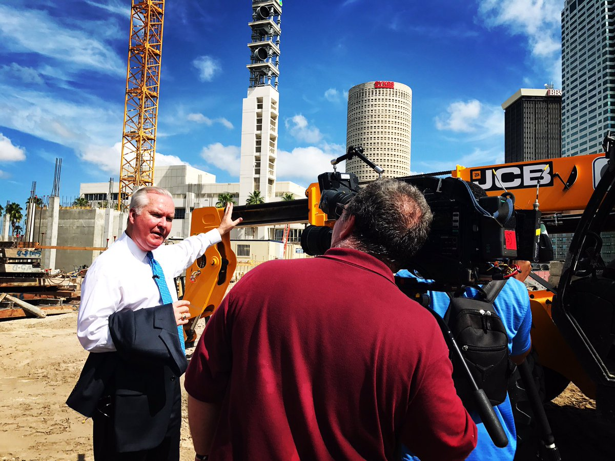 Another beautiful (HOT ) day in the @CityofTampa as we break ground on another transformative project for downtown #Tampa. <br>http://pic.twitter.com/x5JhOxNi0h