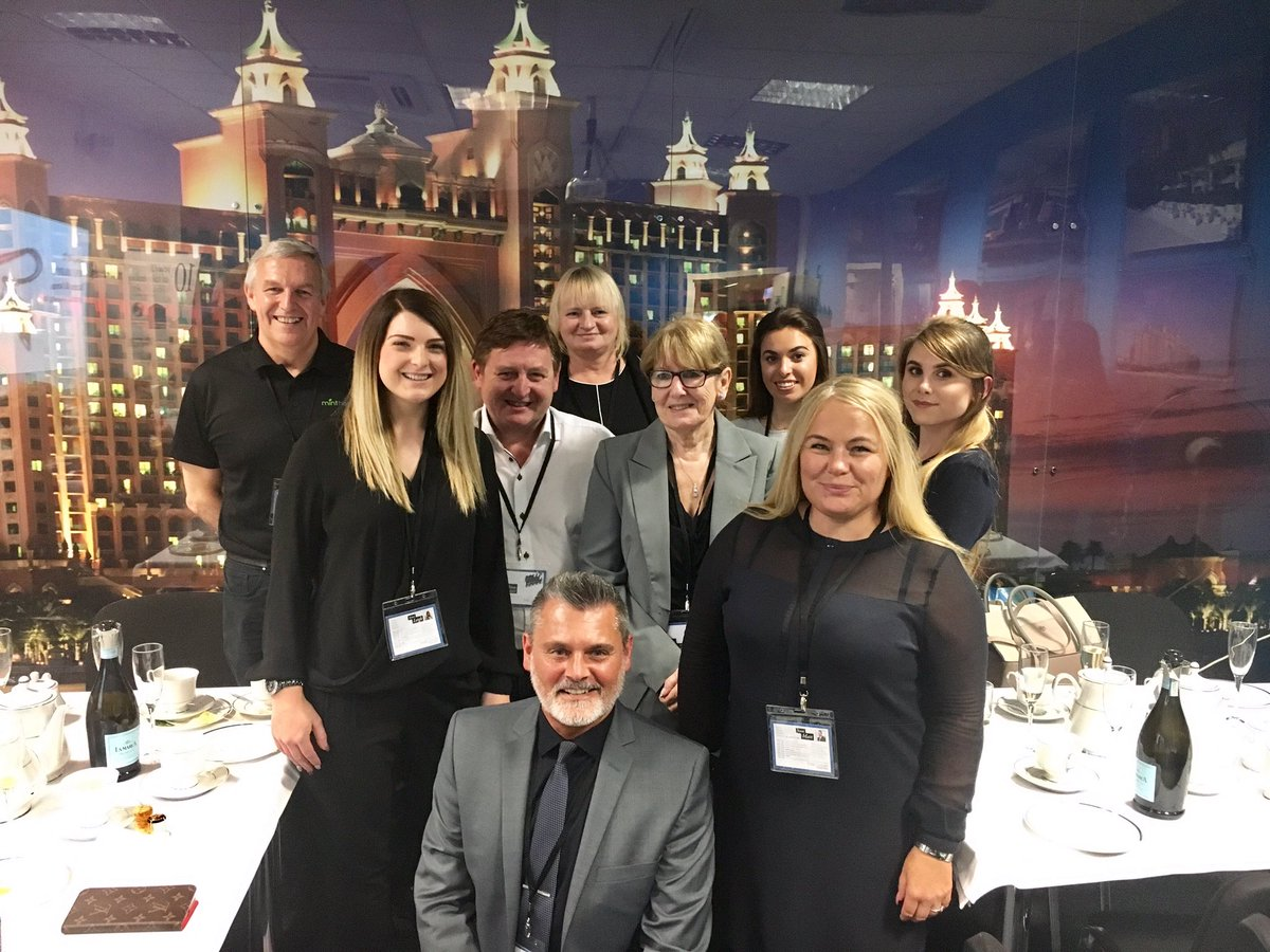 Fab day with @GlobalHQ1 guys @goldmedalagents HQ Pure Luxury training event thanks @gemma_pinder @lelligold - #Knowledge = #Sales  <br>http://pic.twitter.com/hyfqI9Gfhm