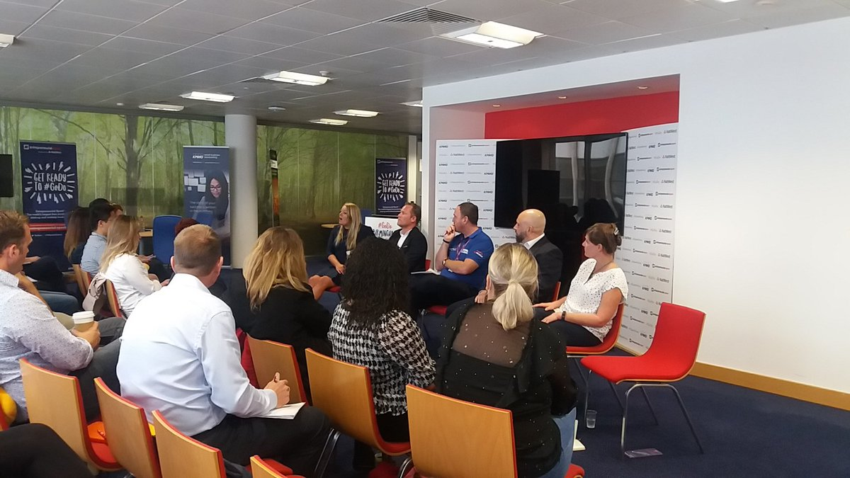 Panel in action talking about their best practices to engage with #customers @ESparkGlobal meet up event #businesssuppott #networking<br>http://pic.twitter.com/mwF5CsyXpf