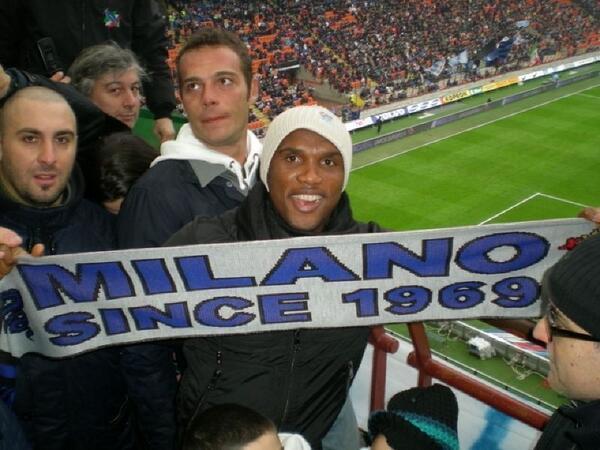 The biggest no. 9 @setoo9 #Eto&#39;o after il #Fenomeno #Ronaldo At #Inter match with #CurvaNord<br>http://pic.twitter.com/3FtnsGegBK
