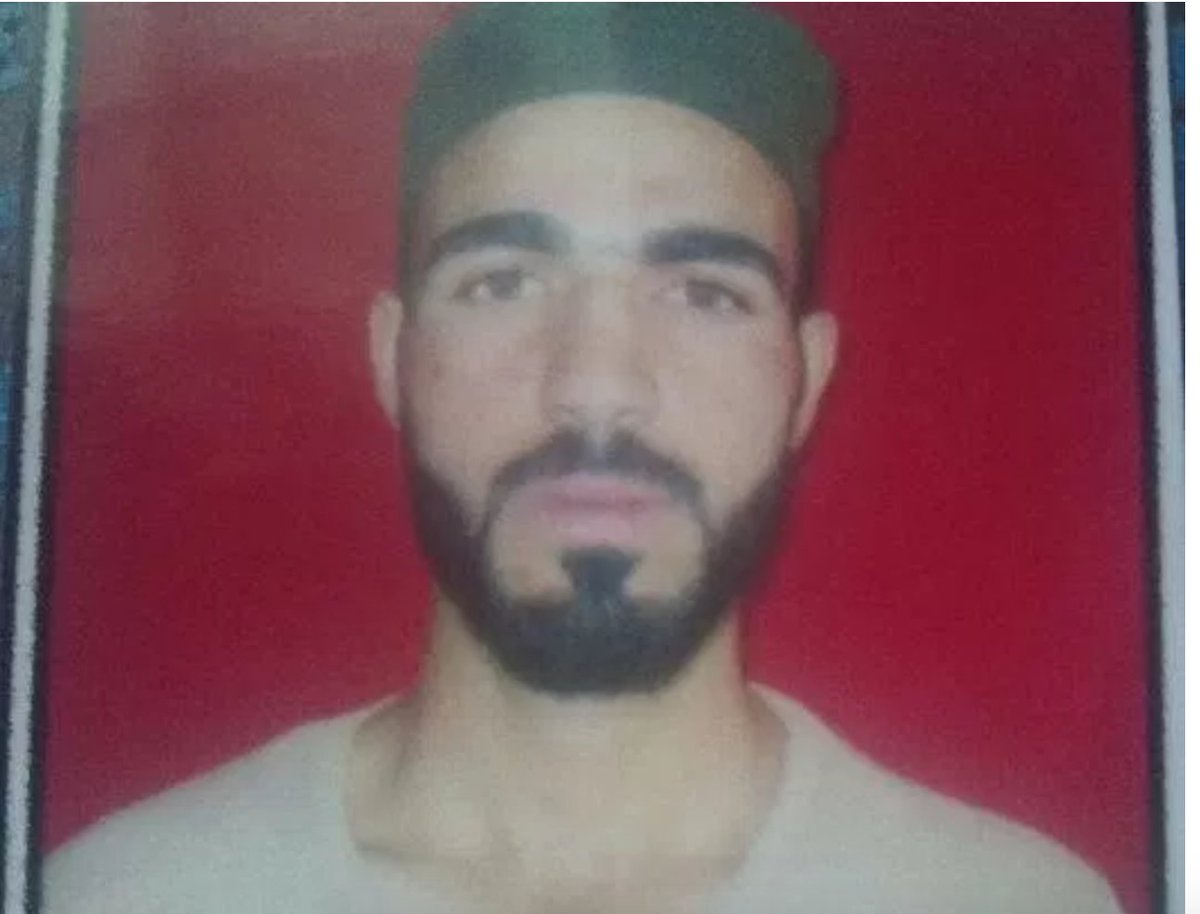 Shahid Bashir killed by Indian brutal Forces in a Fake encounter in #Kashmir . #India Largest Democracy My Foot . #FreeKashmir #TeamKashmir<br>http://pic.twitter.com/Xxg7sYvQE3