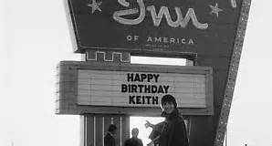 In 1967 Enjoying a wild birthday party Keith Moon drummer with The Who drove his Lincoln car into a Holiday Inn swimming pool #NowYouKnow <br>http://pic.twitter.com/OJi0yzv4C7