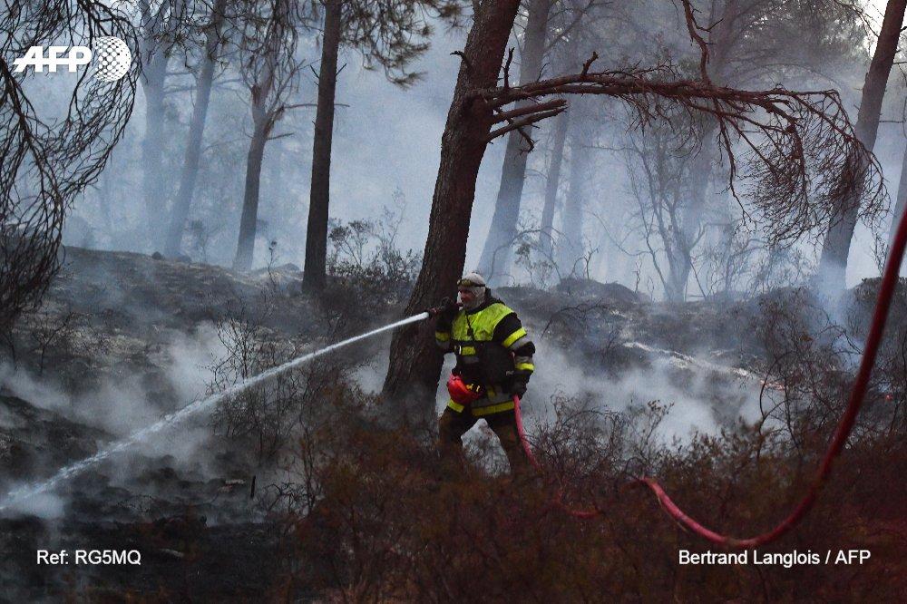 Feux dans les Bouches-du-Rhône: un homme soupçonné d'avoir provoqué 17 incendies interpellé https://t.co/dOzmm4EG6G #AFP