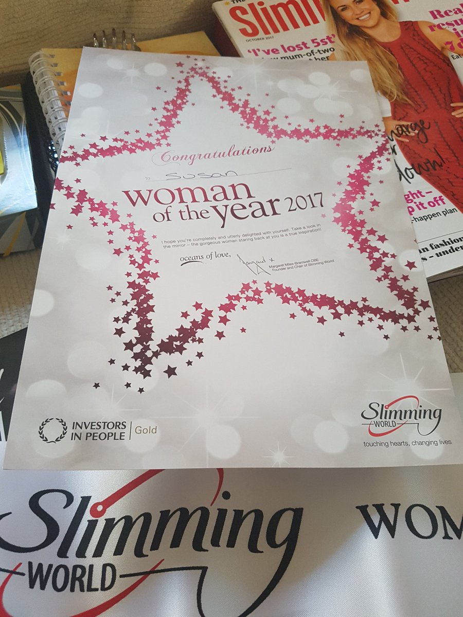 So thanks to all the lovely people in my group, I got this tonight.  Thankful &amp; very proud #slimmingworld #Awards <br>http://pic.twitter.com/6pVQ81NzzN
