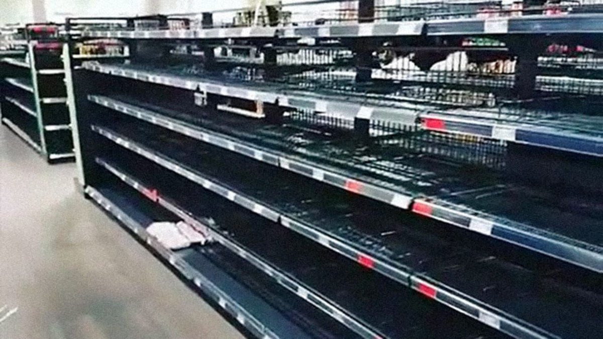 This grocery store cleared its shelves of foreign foods to make a statement about racism https://t.co/xTOvAXGvVh