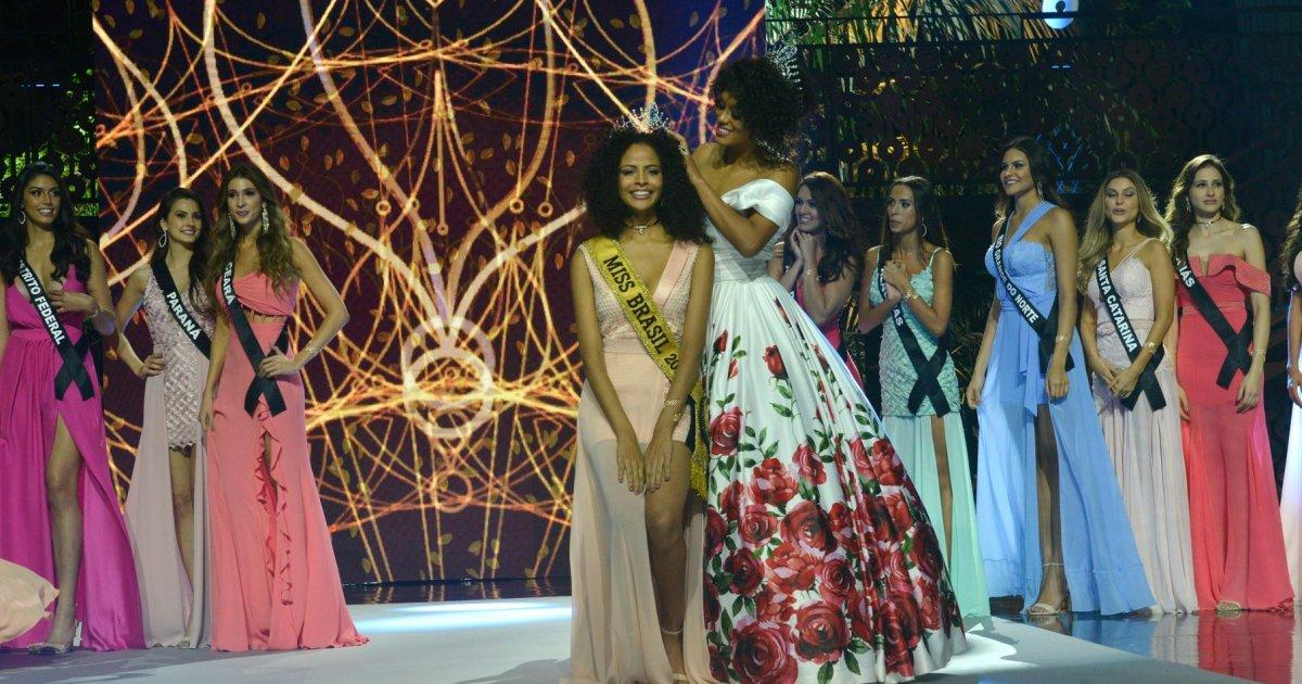 OPINIÃO: 'A Miss Brasil 2017 é piauiense, fez o Piauí sorrir e chorar' https://t.co/QFG0aA6ljB