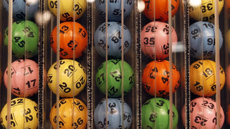 Powerball jackpot jumps to $700 million, the second-largest in U.S. history https://t.co/xUlPX0xy7w