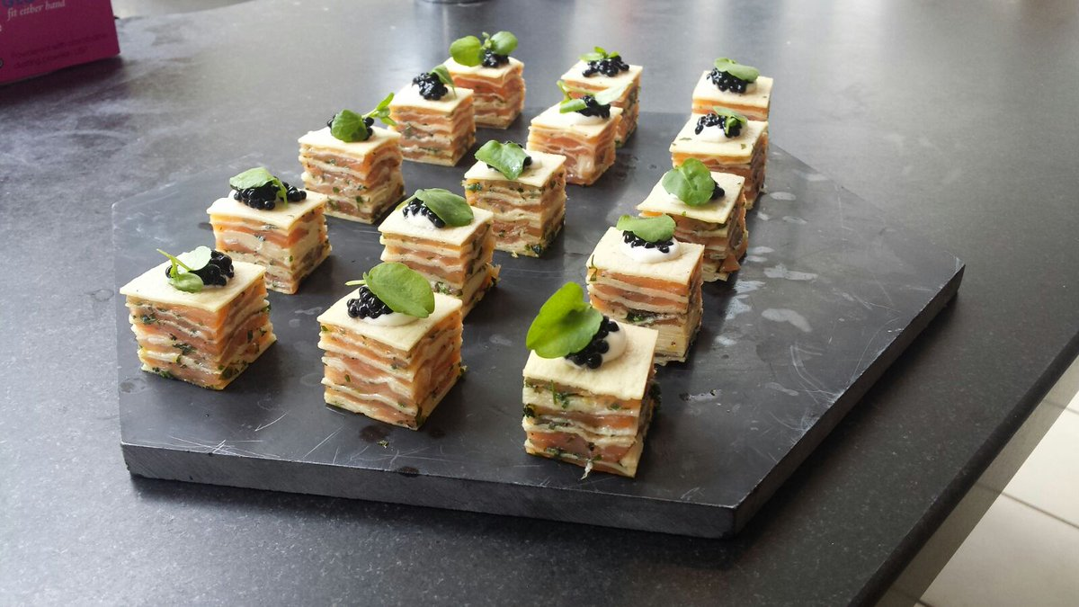 Smoked salmon lasagne canapés and other goodiesat tonight&#39;s event on Park Lane. #busyaugust #eventprofs #canapes<br>http://pic.twitter.com/o19Zdw4anK
