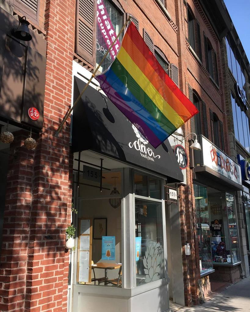 Thanks @cloverfooddrink for showing your #Pride @ottawacapitalpride #LoveIsLove   http:// ift.tt/2irL1S7  &nbsp;  <br>http://pic.twitter.com/60CvDiQ3ox