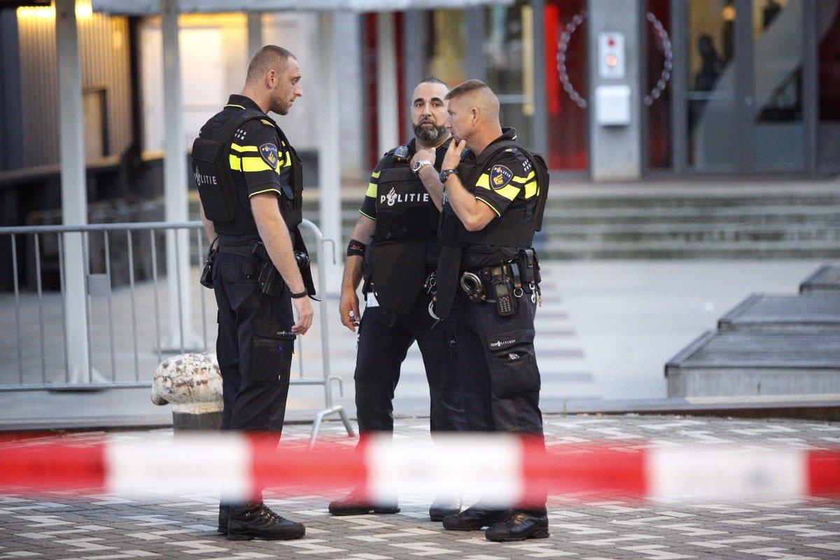 ALERTE INFO - Pays-Bas : un concert annulé en raison d'une 'menace terroriste', une camionnette suspecte découverte https://t.co/EvlztSp2em