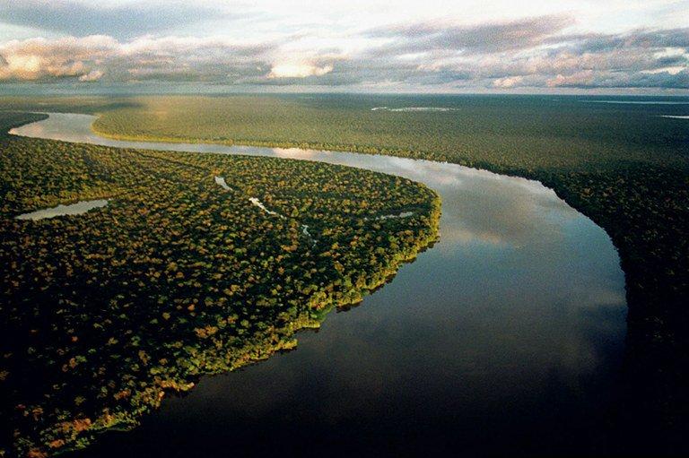 Desmatamento na Amazônia diminuiu 21% em um ano: https://t.co/XJfCklYXhQ @mmeioambiente