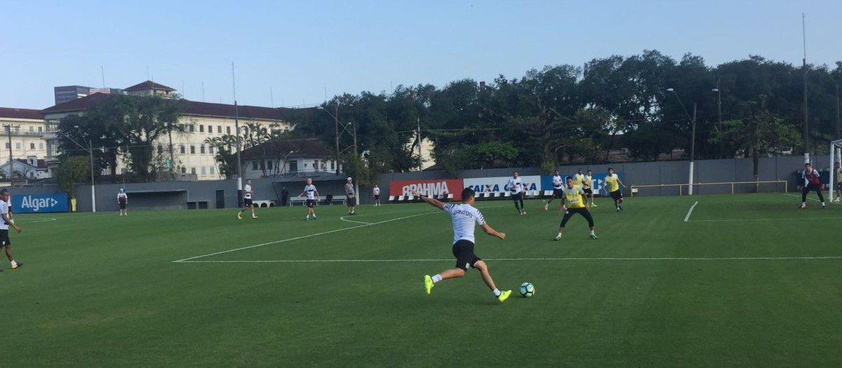 Ricardo Oliveira de volta, Nilmar bem e Levir pilhado: o treino do Santos nesta quarta https://t.co/xqVOeImm9L