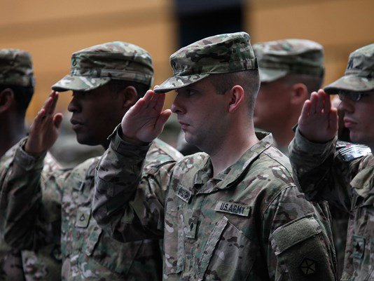 Drill sergeants suspended in Army sex assault investigation https://t.co/pU0OZll29x