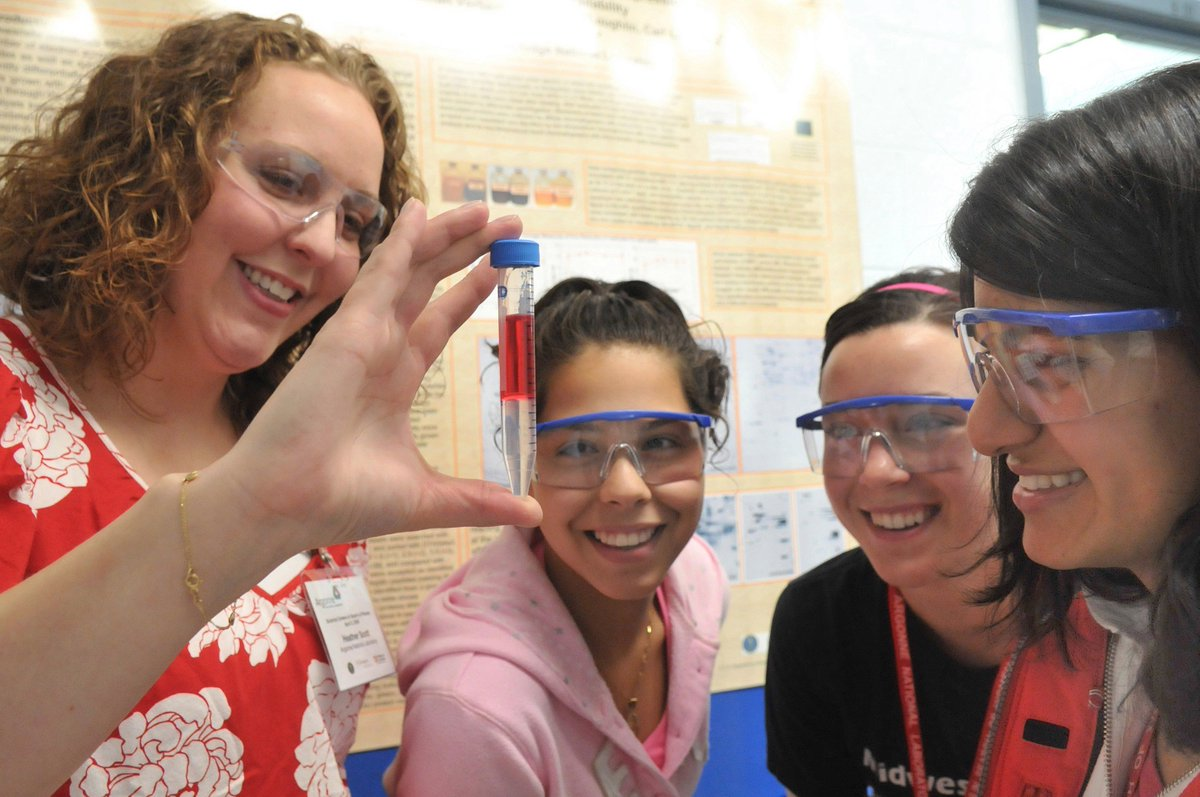 Lesson plans, activities, coloring books, &amp; more! We have #STEM resources for teachers &amp; students   https:// energy.gov/science-innova tion/stem &nbsp; …  #BackToSchool <br>http://pic.twitter.com/KYylZvVRdI