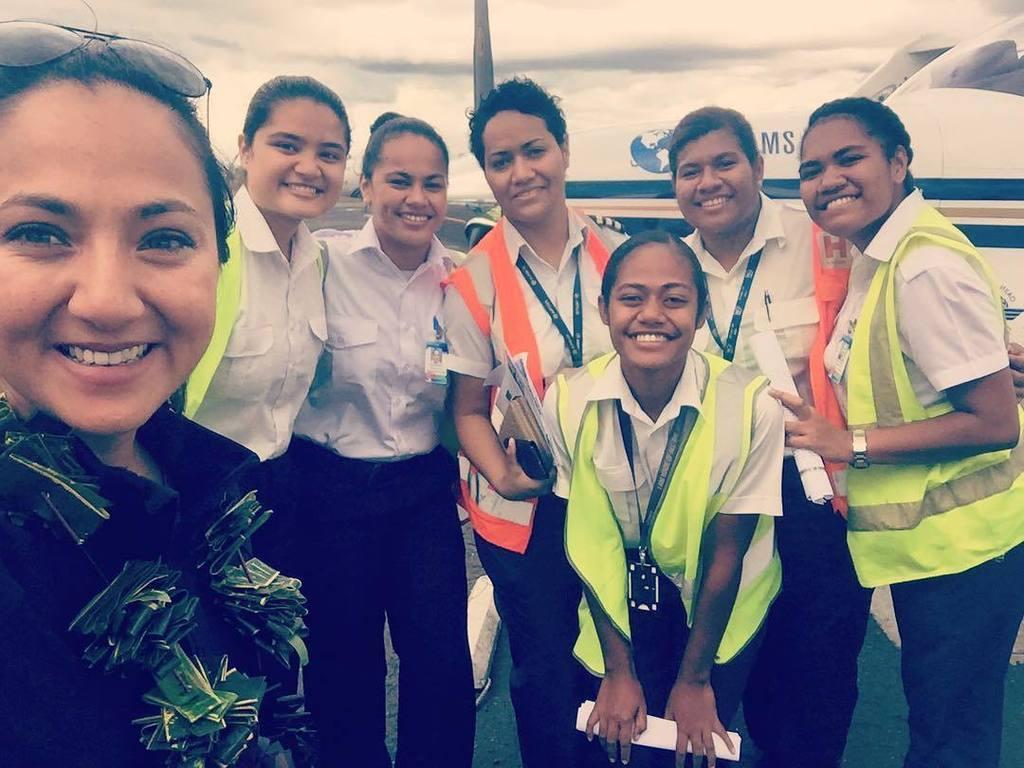 Greetings from Fiji  #dreamssoar #fiji #nadi #womenwhofly #avgeeks #instagramaviation #pilots #bonanza  http:// ift.tt/2w5I5he  &nbsp;  <br>http://pic.twitter.com/rZ7d6J4XRg