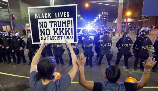 Activists: Phoenix police were aggressive, violent after Trump rally https://t.co/ZtOOsPu2eh
