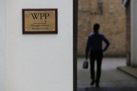 Advertising Giant WPP Lowers Forecast as Clients Cut Back -  http:// ift.tt/2isojJy  &nbsp;   #business #smallbiz <br>http://pic.twitter.com/UUNdC88lqg