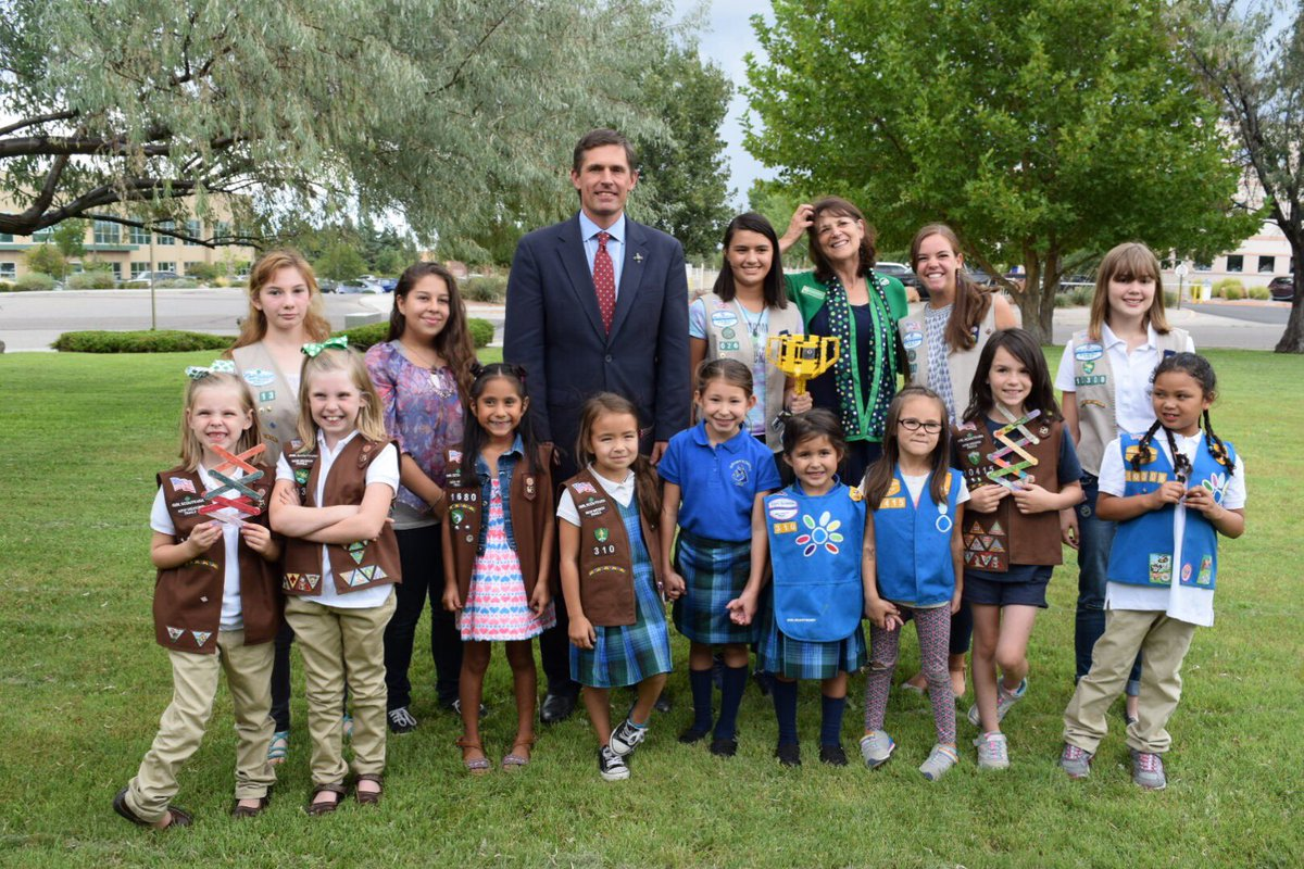 I had a great time visiting and doing a #STEM activity with @nmgirlscouts!<br>http://pic.twitter.com/ld3nknaLXg