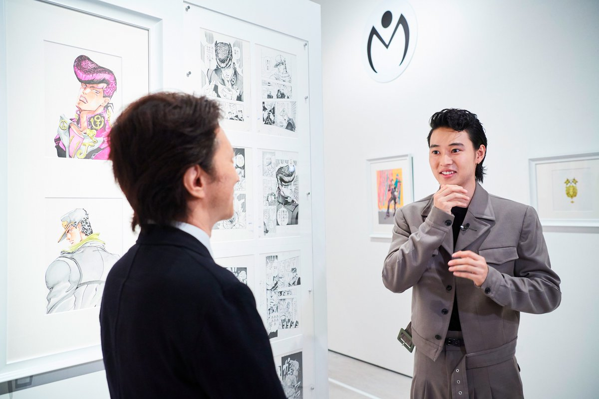 また、山﨑さんが原画展の中でお気に入りの一枚が31巻の表紙であることを明かし「仗助の横顔から伝わって…