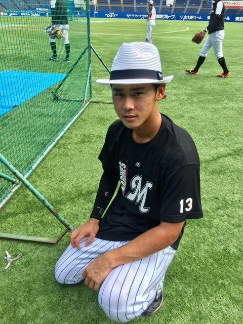 平沢選手、カメラ目線の写真もあります。(広報) #chibalotte