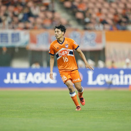 平松宗選手のV・ファーレン長崎への期限付き移籍もお知らせしました。いまチームを離れる決断は、簡単では…