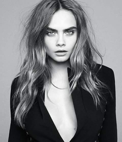 HAPPY BIRTHDAY TO THE QUEEN, THE UNBElIEVEABLE CARA DELEVINGNE, A REAL LEGEND.