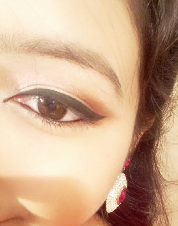 #BeautyFestAtPhoenixPune #BeautyFest to get perfect eye makeup look. Use a gel liner , eyeshadow and mascara with steady hands.pic.twitter .com/I6sxwC3rLh