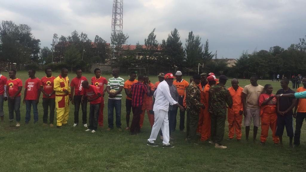 Meanwhile, in Nakuru, Nasa Vs Jubilee supporters football match https://t.co/0O1zK69HEC