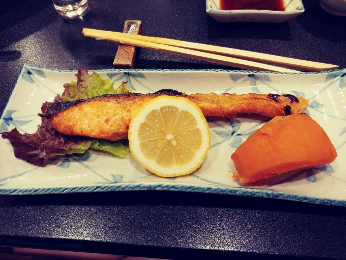 #夕張メロン と #北海道鮭 本物おいしい!