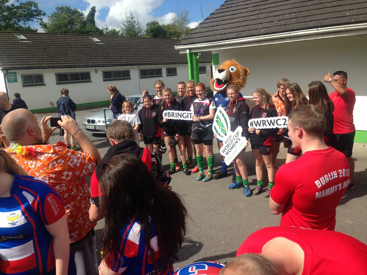It&#39;s all heating up here in @NaasRFC for the #bring it #WRWC Bring your boots festival! Come down and see some spectacular girls rugby!<br>http://pic.twitter.com/b0oE00ZXFW