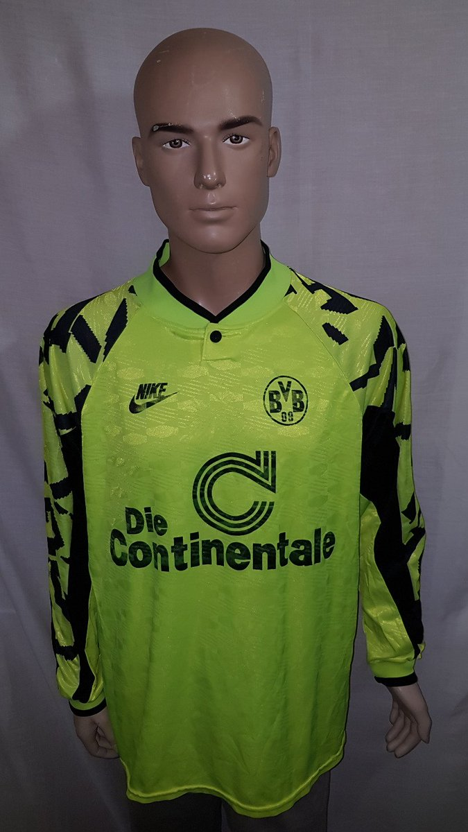 1991/92 BV #BorussiaDortmund Home Shirt: Size XL. Now available to buy from TCS. #BVB #Dortmund #Borussia #Nike #Bundesliga #ChampionsLeague<br>http://pic.twitter.com/cYRgc3AN2o